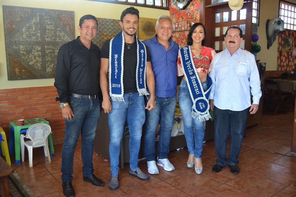 Elba Ramalho do aniversário do Grêmio